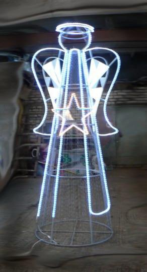 Новогодняя фигура. Высота 3,5 метра